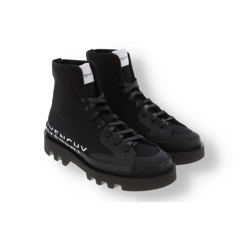Givenchy Clapham Sneakers